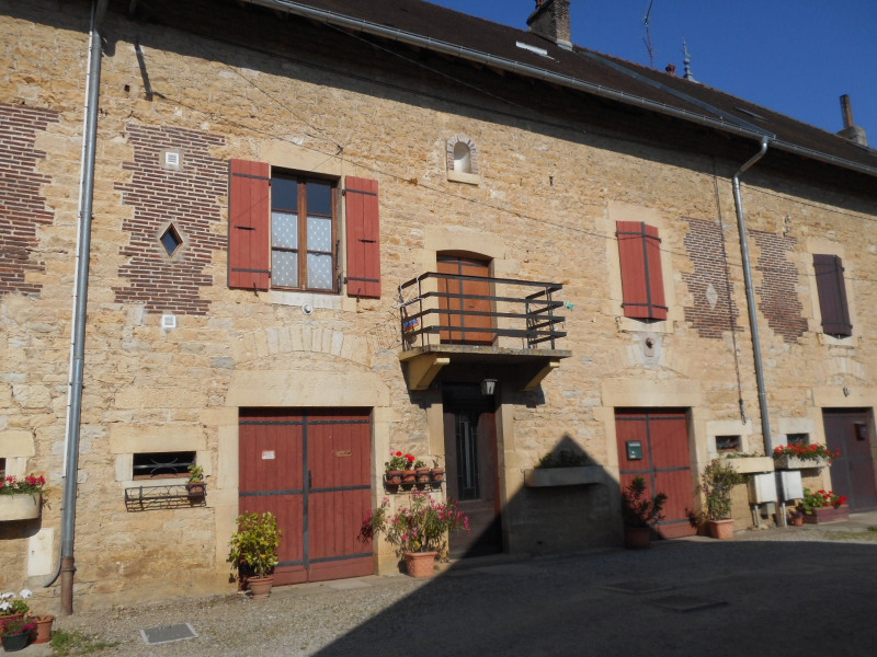 Vente maison / villa Montmorot 113300€ - Photo 1