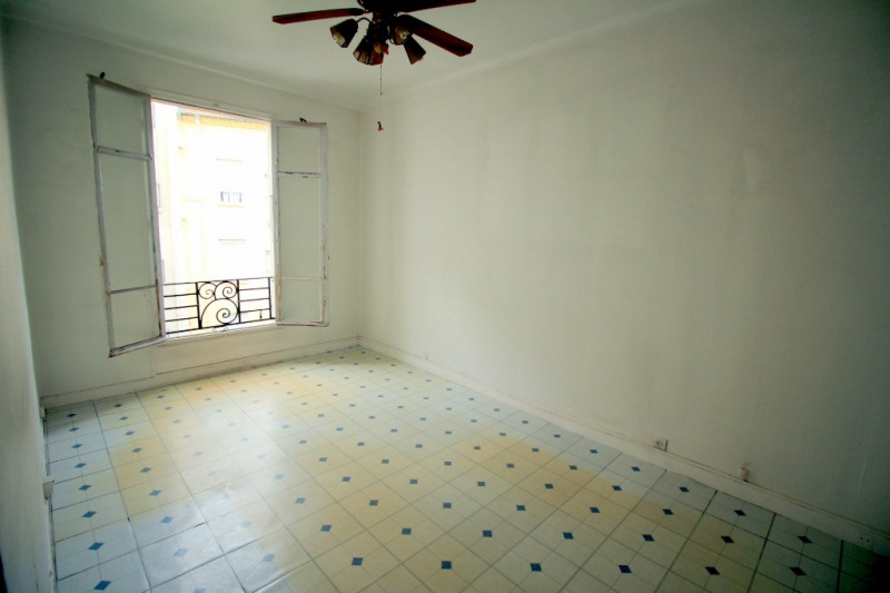 Sale apartment Nice 212000€ - Picture 2