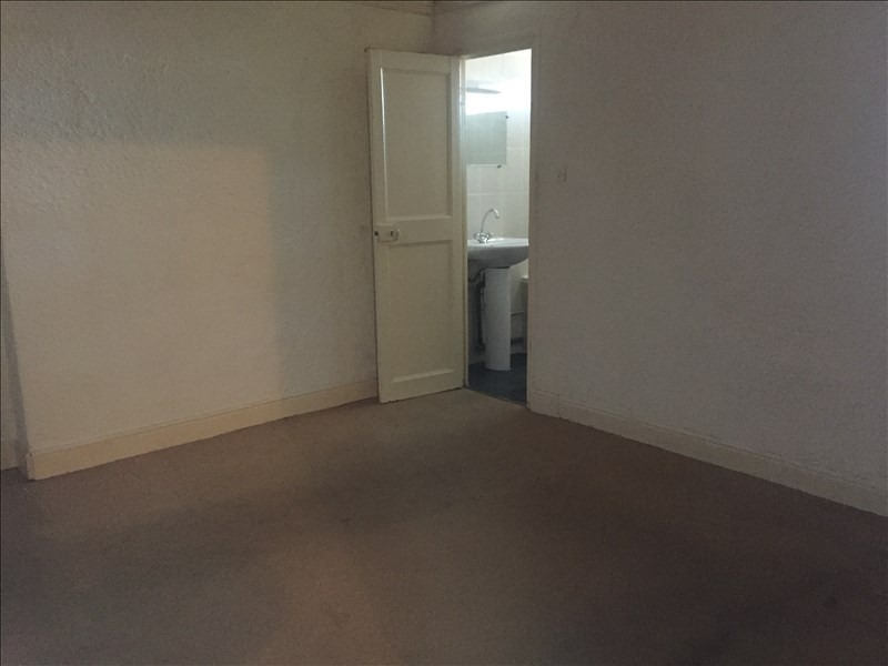 Location appartement Nimes 466€ CC - Photo 1