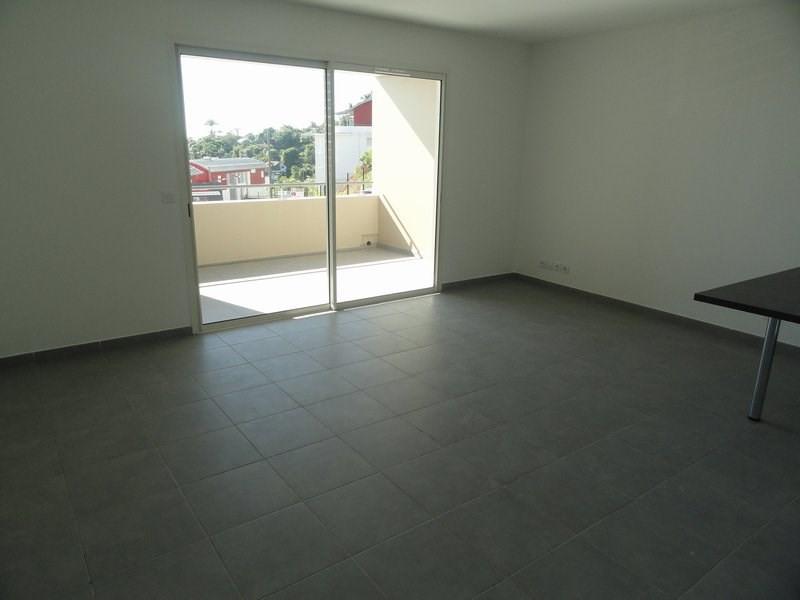 Location appartement St denis 802€ CC - Photo 2