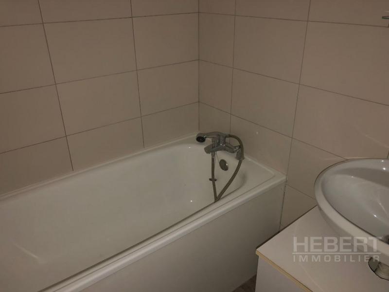 Rental apartment Sallanches 480€ CC - Picture 7
