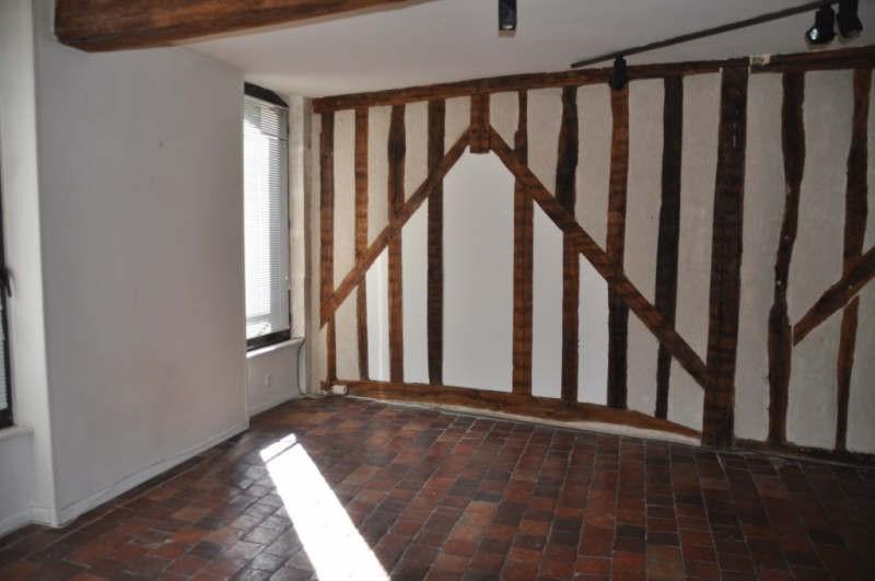 Location maison / villa Auxerre 831€ CC - Photo 1