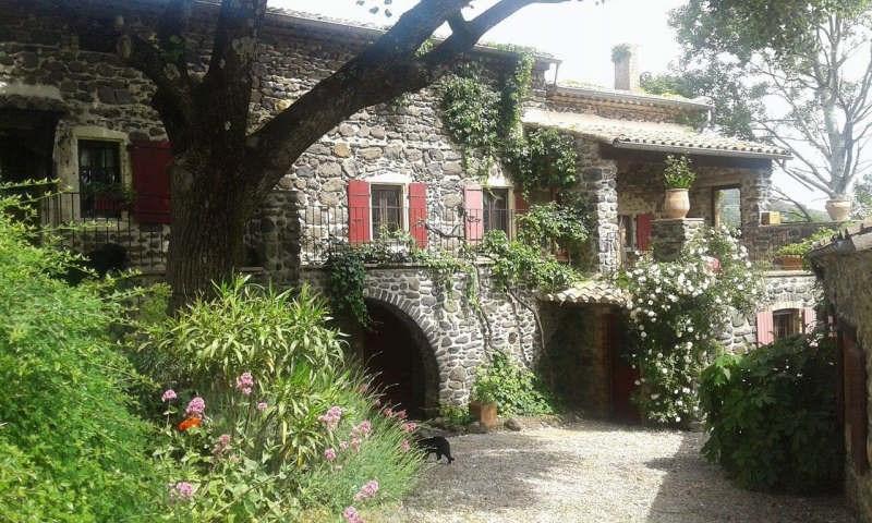 Vente de prestige maison / villa Saint-vincent-de-barrès 630000€ - Photo 1