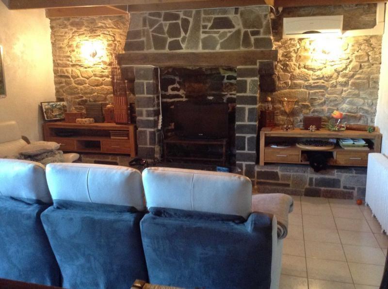 Sale house / villa Mael carhaix 159600€ - Picture 6