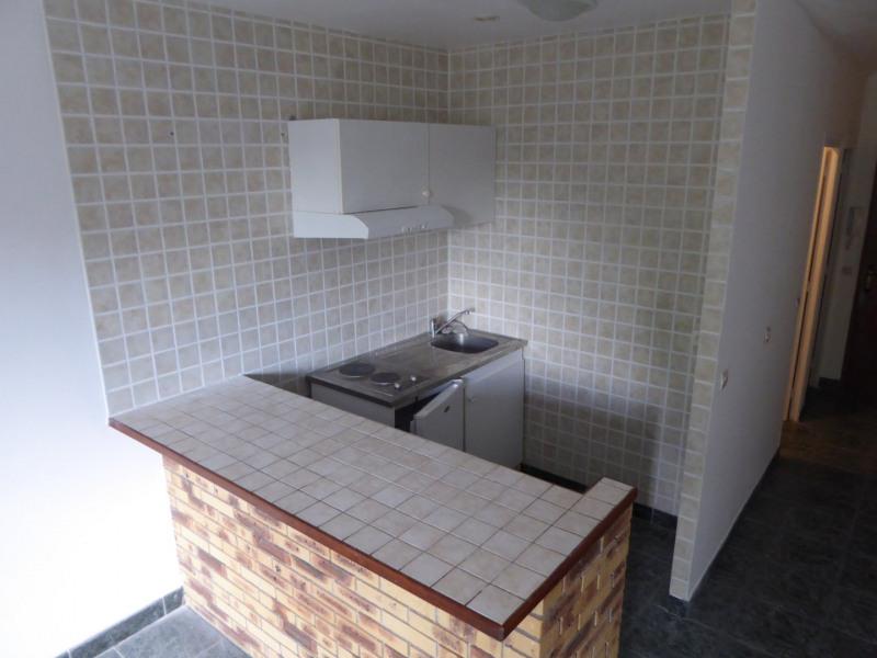 Location appartement Le perray en yvelines 610€ CC - Photo 3