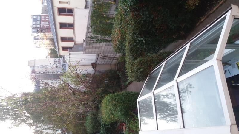 Locação apartamento Paris 18ème 1070€ CC - Fotografia 1