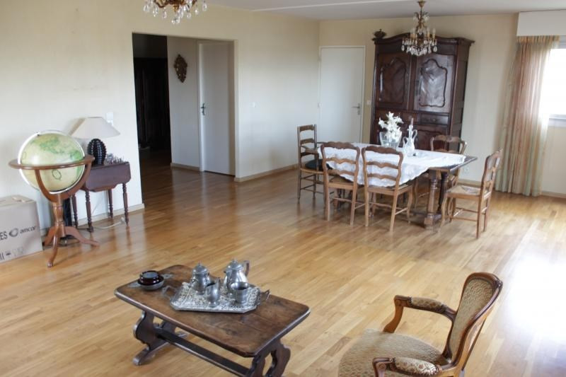 Sale apartment Bordeaux 430 000€ - Picture 2
