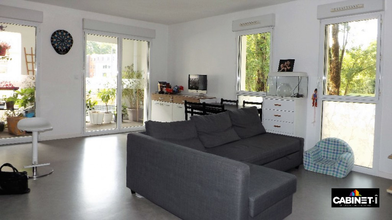 Sale apartment Nantes 218 900€ - Picture 2
