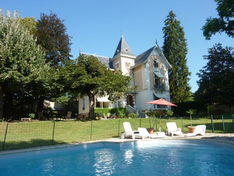 Vente de prestige maison / villa Morestel 779 000€ - Photo 1