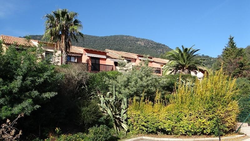 Vacation rental apartment Cavalaire 300€ - Picture 1