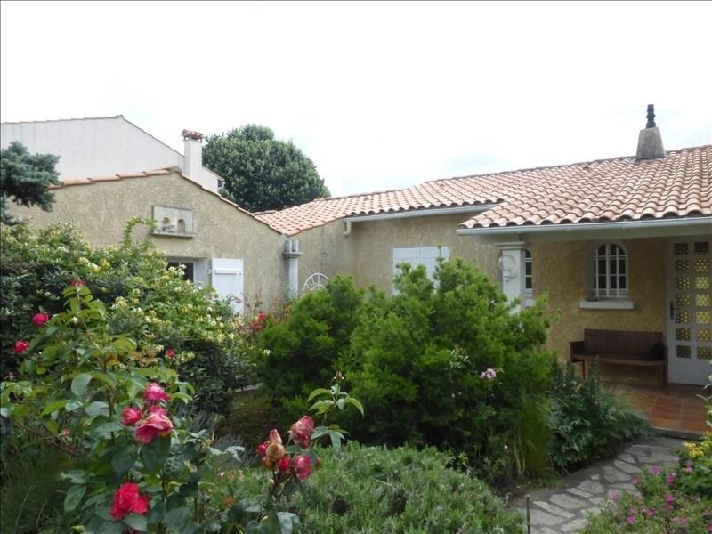 Deluxe sale house / villa Fouras 399750€ - Picture 1
