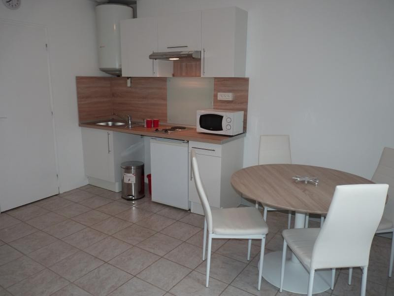 Rental apartment Roche-sur-yon 404€ CC - Picture 1