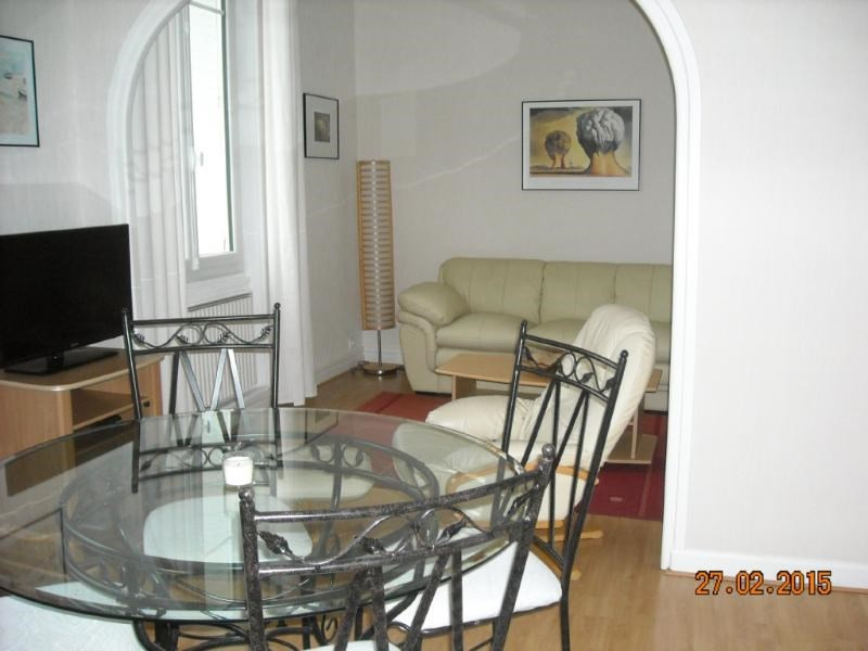 Location appartement Vichy 260€ CC - Photo 1