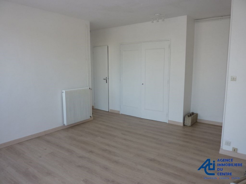Rental apartment Pontivy 301€ CC - Picture 2
