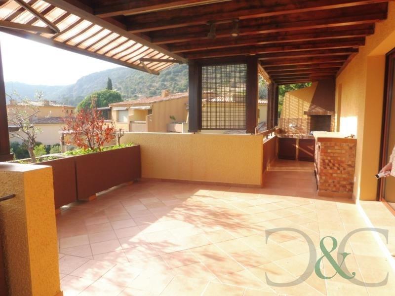 Sale apartment Le lavandou 499000€ - Picture 2