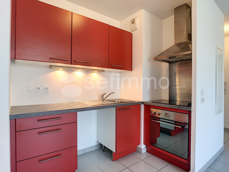 Location appartement Marseille 12ème 870€ CC - Photo 2