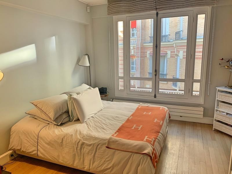 Location appartement Paris 16ème 3 500€ CC - Photo 7