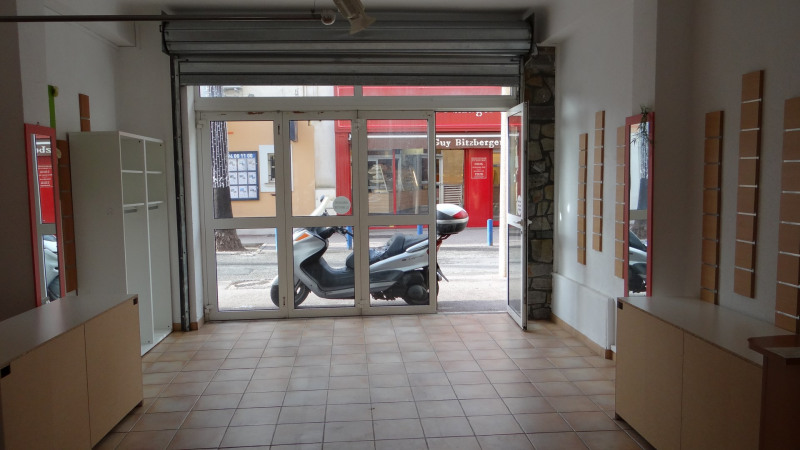 Location boutique Cavalaire 1 400€ HC - Photo 4