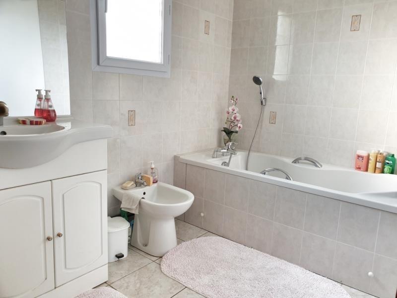 Sale house / villa Frepillon 382000€ - Picture 6