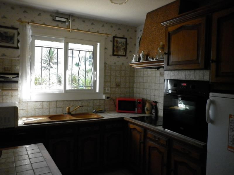 Sale house / villa Hyeres 262 000€ - Picture 4