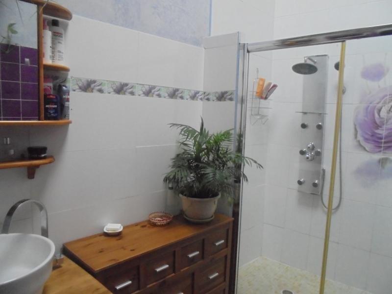 Sale house / villa Lunel 259000€ - Picture 6
