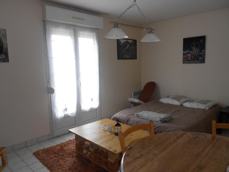 Location appartement Vendome 280€ CC - Photo 1