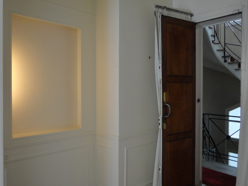 Rental apartment Paris 16ème 3380€ CC - Picture 10