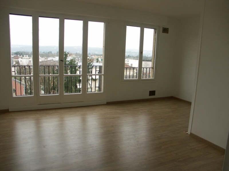Rental apartment Le vésinet 923€ CC - Picture 1