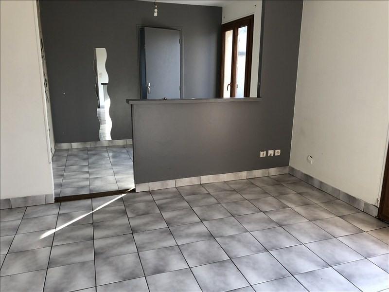 Rental apartment Montfermeil 686€ CC - Picture 1