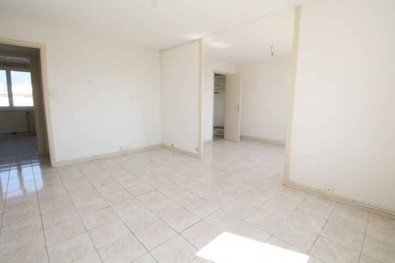 Sale apartment Grenoble 99 500€ - Picture 2