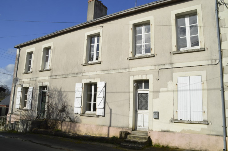 Sale house / villa Renaze 106500€ - Picture 10