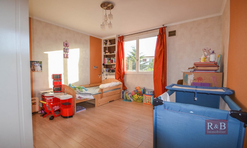 Sale apartment Les clayes sous bois 173000€ - Picture 6