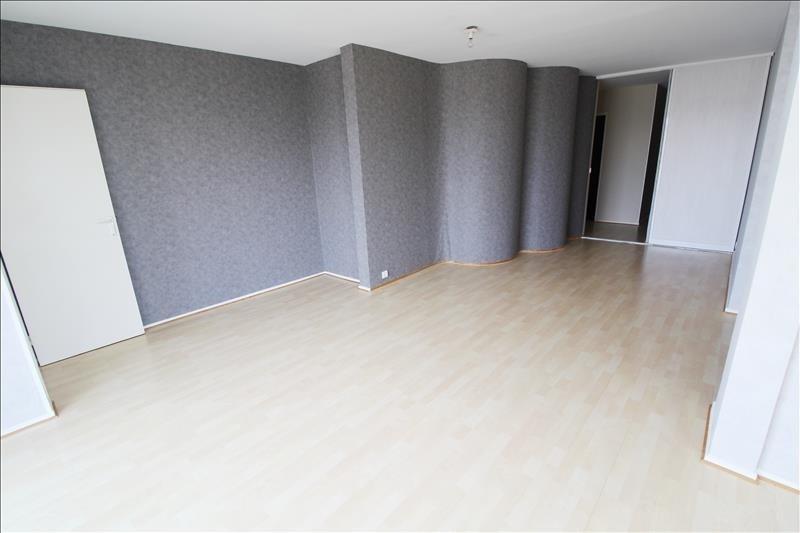 Location appartement Elancourt 1271€ CC - Photo 2
