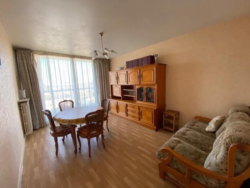 Sale apartment Villejuif 322000€ - Picture 2