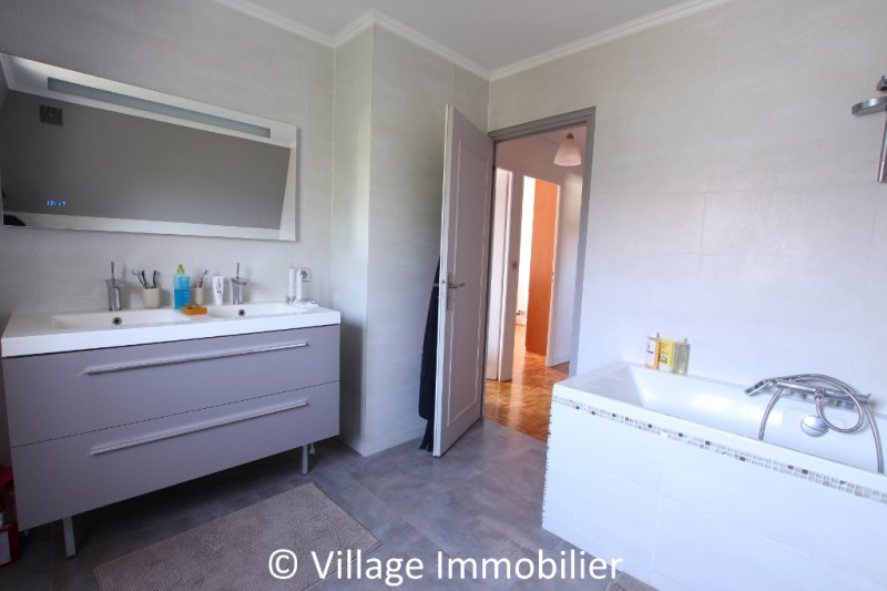 Vente maison / villa St priest 525 000€ - Photo 5