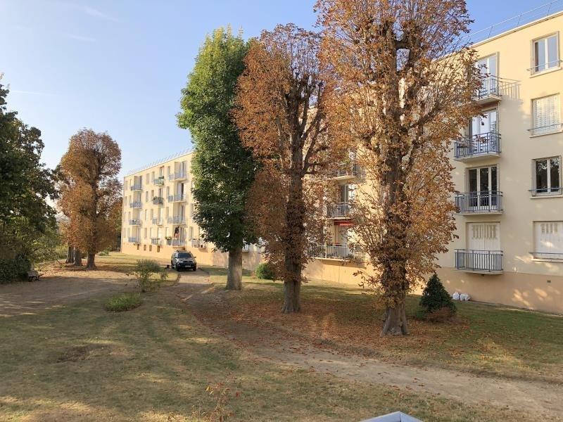 Rental apartment Le pecq 915€ CC - Picture 4