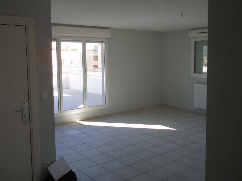 Location appartement Lambesc 1085€ CC - Photo 2