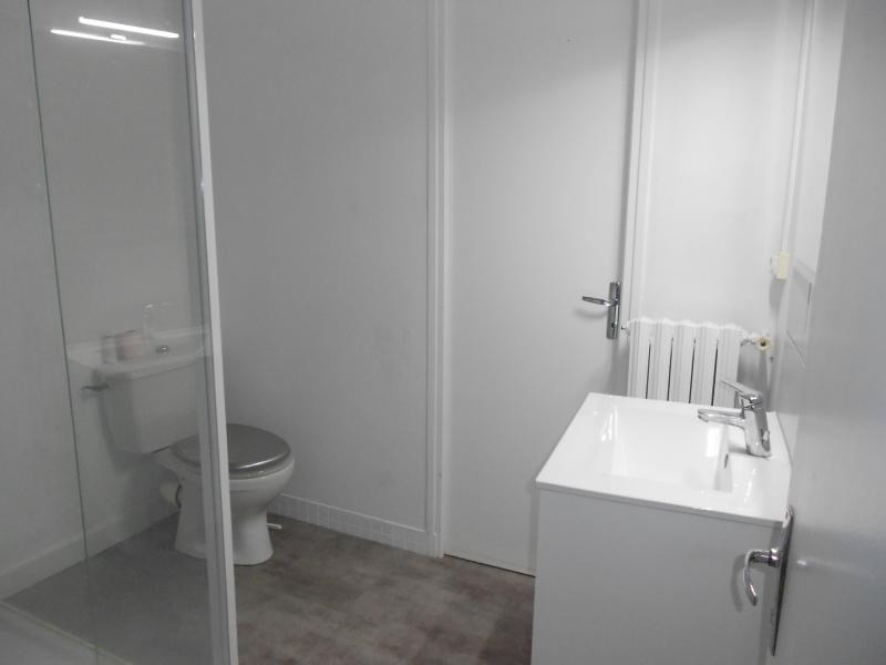 Location appartement Vendome 550€ CC - Photo 3