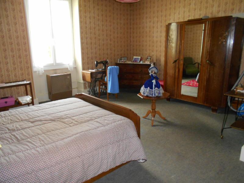 Vente maison / villa Montmorot 113300€ - Photo 4