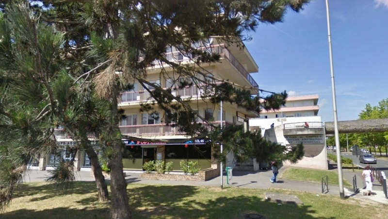Location parking Maurepas 92€ CC - Photo 1