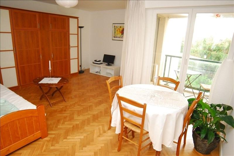 Sale apartment Saint-cloud 329500€ - Picture 2