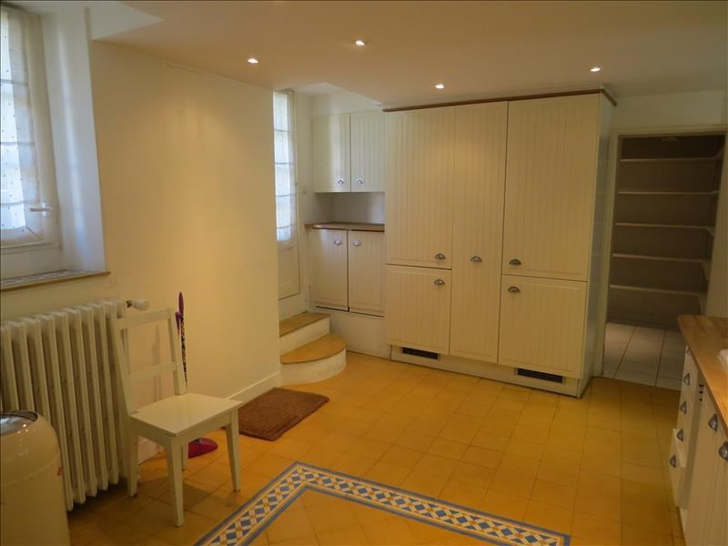 Location maison / villa Le mesnil le roi 3 850€ CC - Photo 6