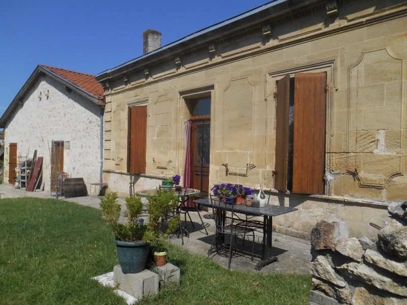 Secteur LA BREDE, maison ancienne rénovée sur 460 m² de terrain