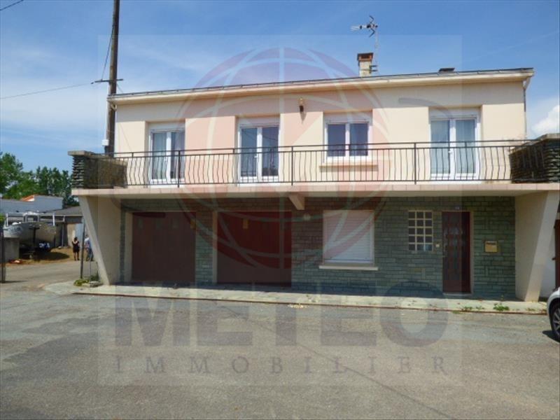 Investment property house / villa La tranche sur mer 390000€ - Picture 1