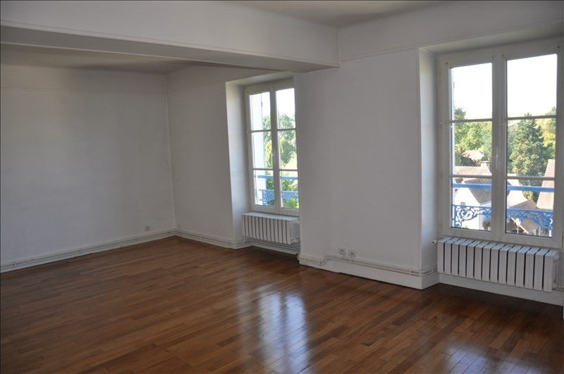 Location appartement Chavenay 1 150€ CC - Photo 2