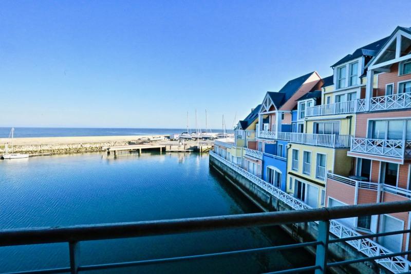 Vendita appartamento Deauville 325000€ - Fotografia 1