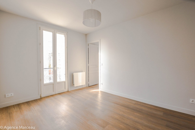 Vente appartement Courbevoie 273 000€ - Photo 1