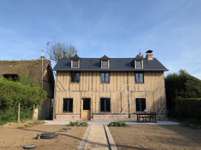 Sale house / villa St etienne la thillaye 381600€ - Picture 1