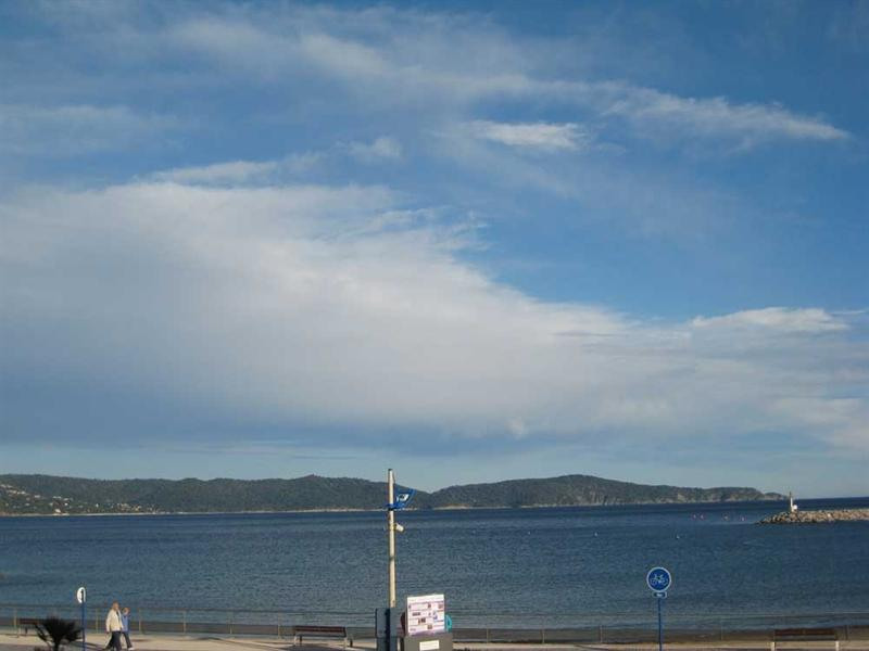 Vacation rental apartment Cavalaire sur mer 800€ - Picture 3