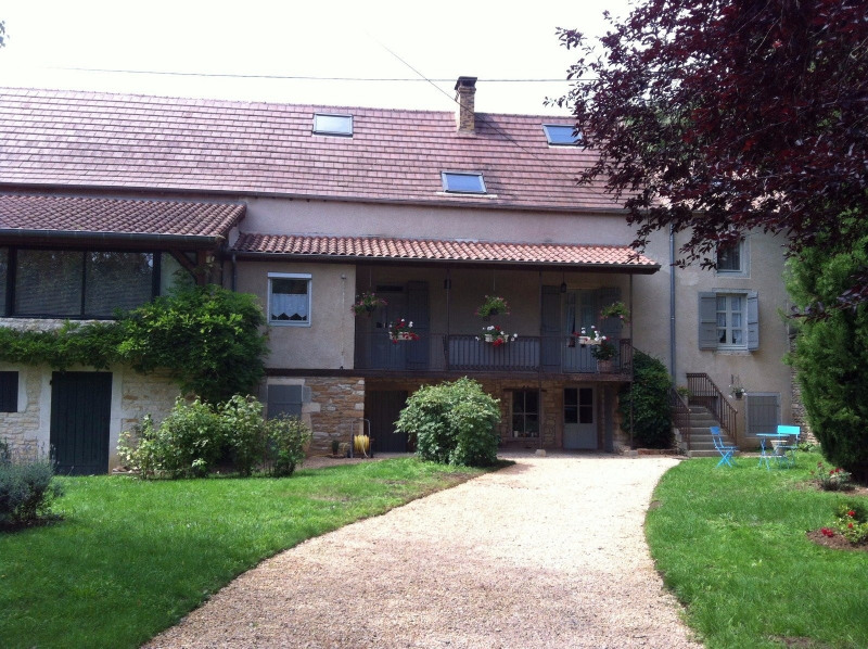 Vente maison / villa Tournus 297 000€ - Photo 2